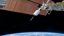 NanoRacks CubeSats Deploy (© NASA)